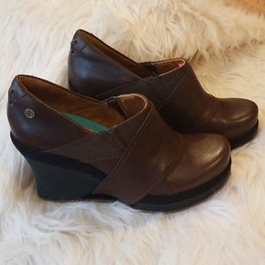 Mozo Devine Wedge Shoes with Brown Leather Upper